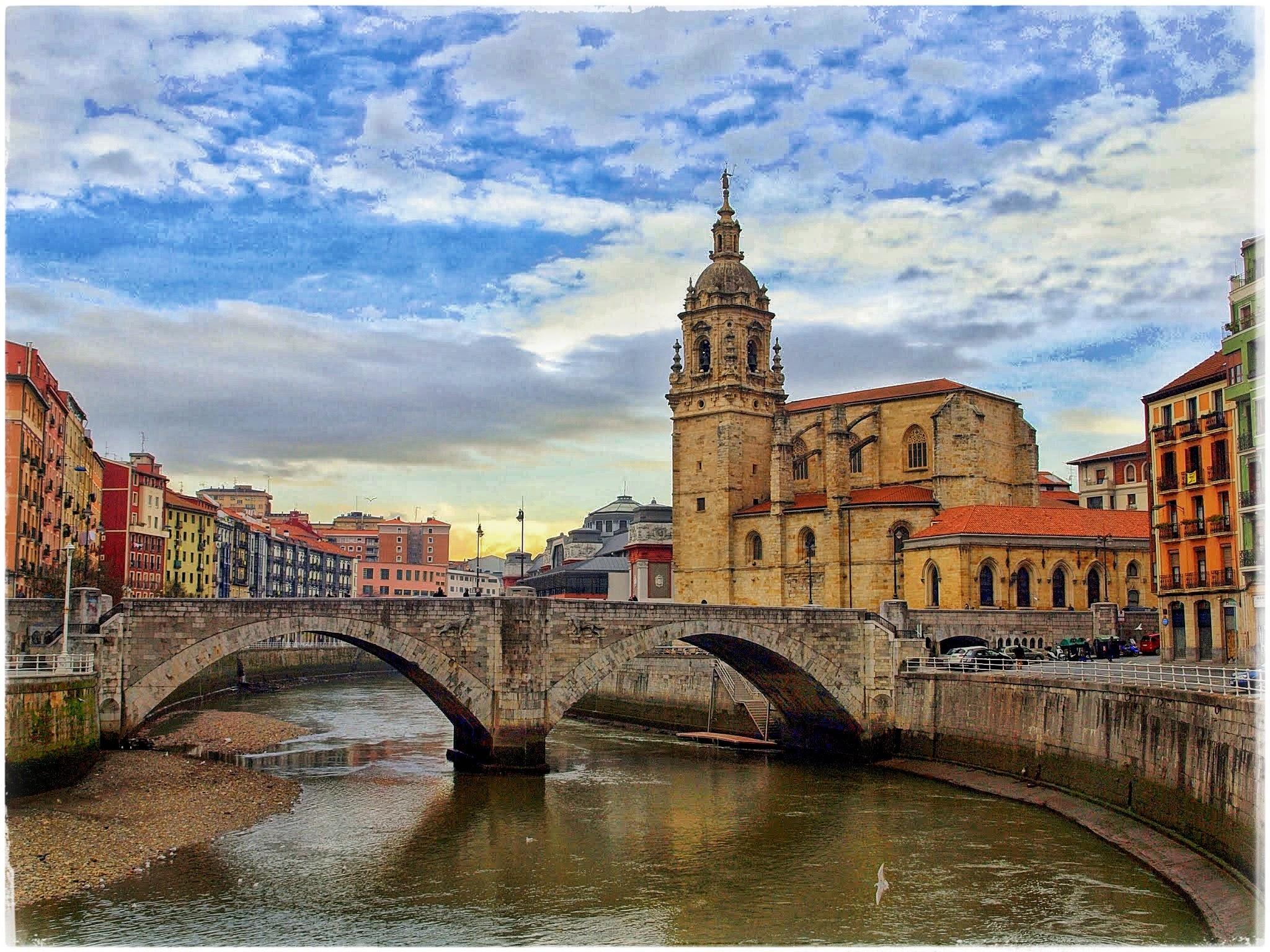 P2118823-01 Turisteando por Bilbao Rincones
