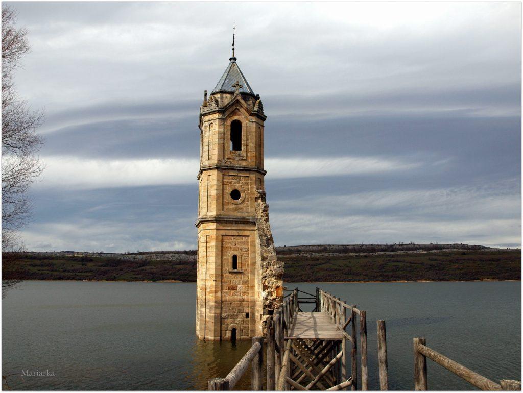 La-Catedral-de-los-Peces680-1024x770 Rodeando el Embalse del Ebro Rutas