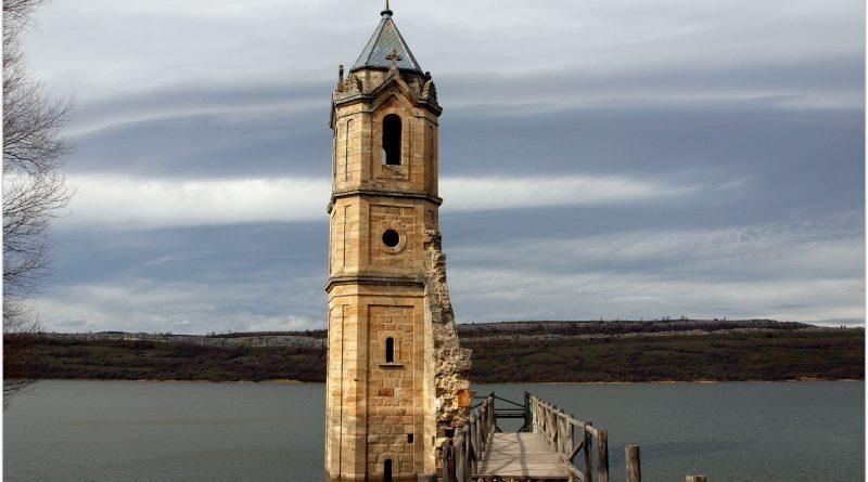 La-Catedral-de-los-Peces680-800x445 Rodeando el Embalse del Ebro Rutas