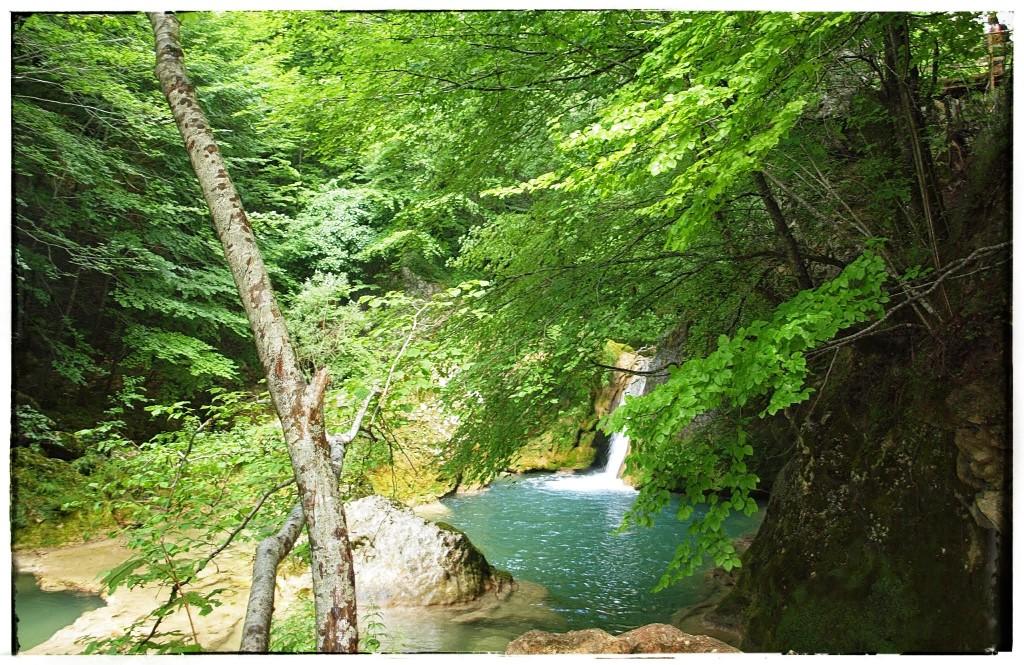 P7185803-1024x665 Sierra de Urbasa. Urederra y Bosque Encantado (I) Rutas