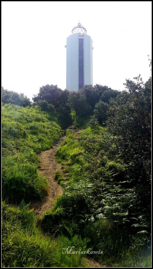 20160524_113247-581x1024 Faro de Gorliz. El más alto de la cornisa cantábrica Rincones