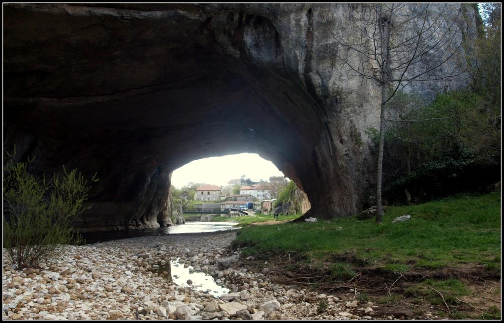 Puentedey176-1024x657 De paseo por Las Merindades Rutas