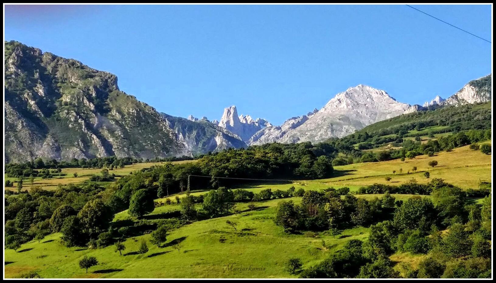 Naranjo-de-Bulnes021 Ruta por Asturias: De San Vicente a Cabrales Viajes