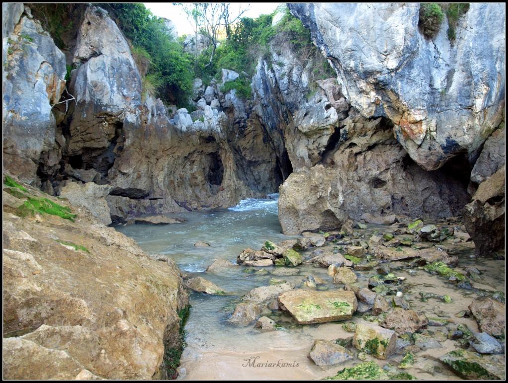 Playa-Gulpiyuri558-1024x771 Ruta por Asturias: Lastres, Gulpiyuri, los bufones de Pria... Viajes