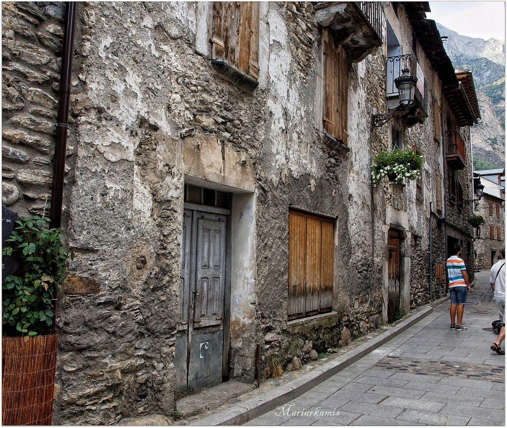 P8187822-01-1024x865 Valle de Benasque. Gorgas del Alba. Viajes