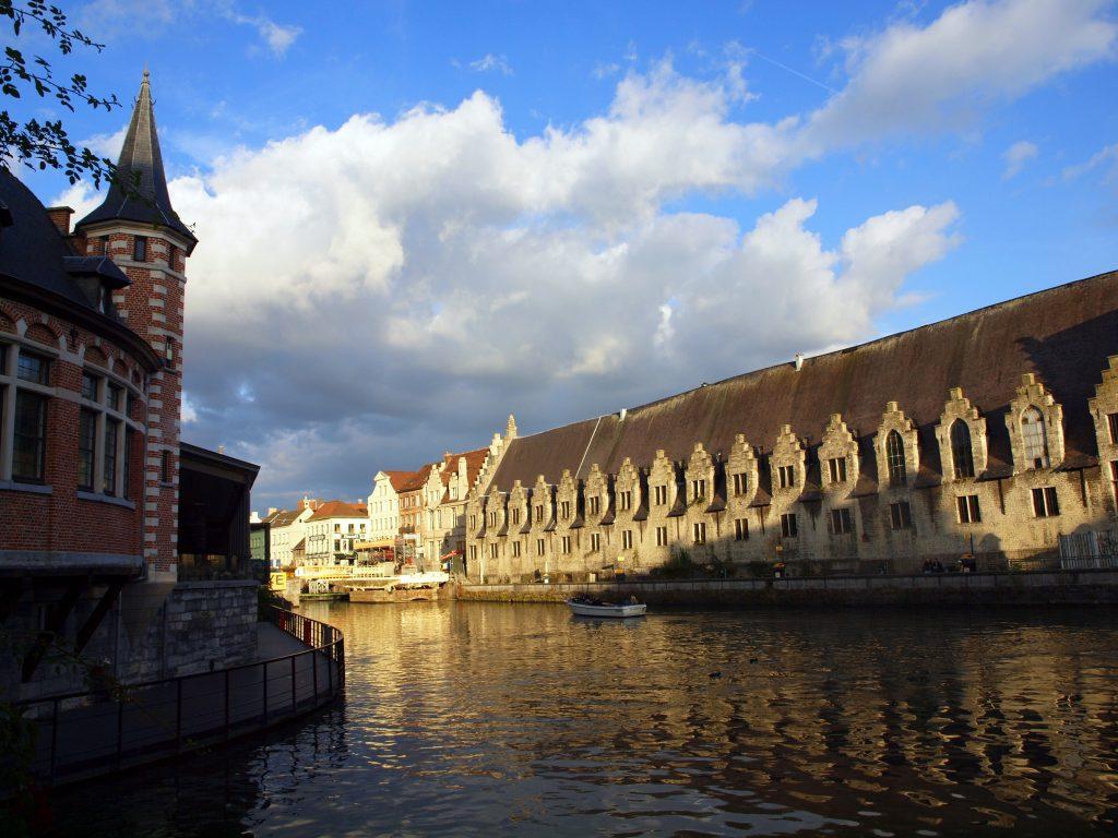 Canales211-1024x768 4 días en Gante y Brujas. Día 1: La llegada Viajes