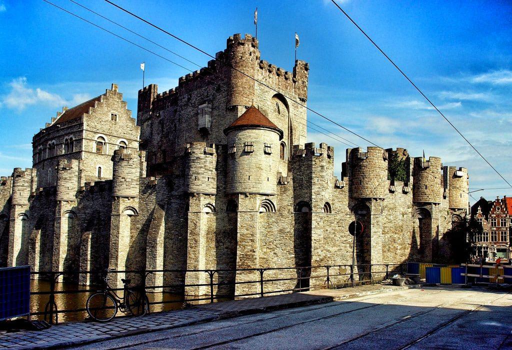 Castillo-Condes-de-Flandes119-1-1024x701 4 días en Gante y Brujas. Día 2: Free tour por Gante Free Tours Viajes
