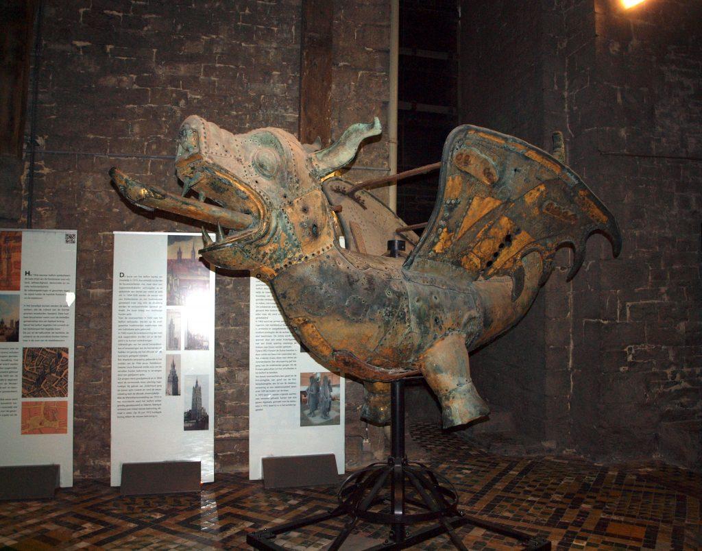 Torre-Berfort182-1024x804 4 días en Gante y Brujas. Día 2: Free tour por Gante Free Tours Viajes