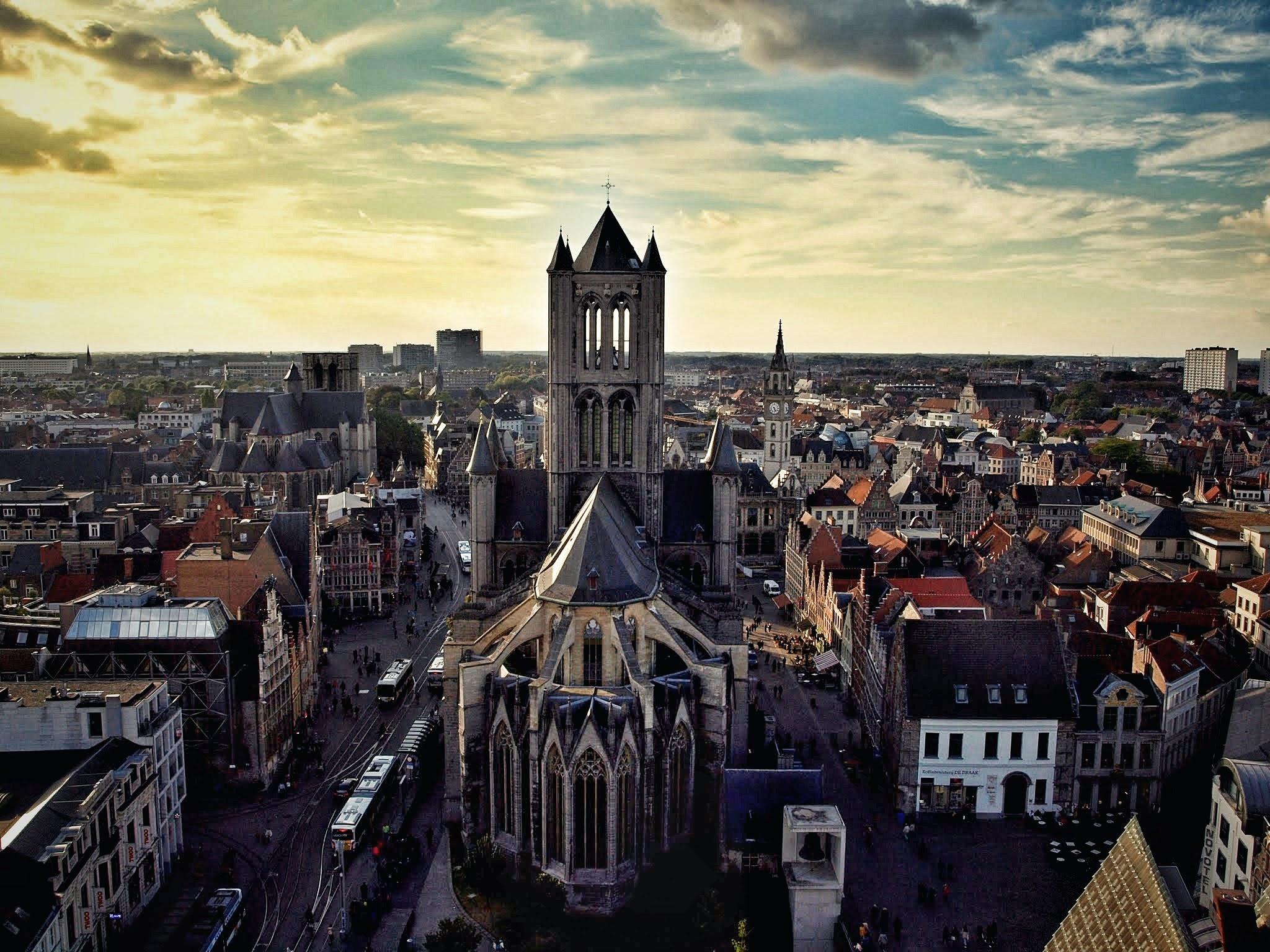 Torre-Berfort203-01 4 días en Gante y Brujas. Día 2: Free tour por Gante Free Tours Viajes