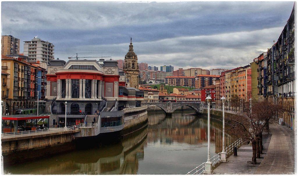 P2118841-01-1024x606 Turisteando por Bilbao Rincones