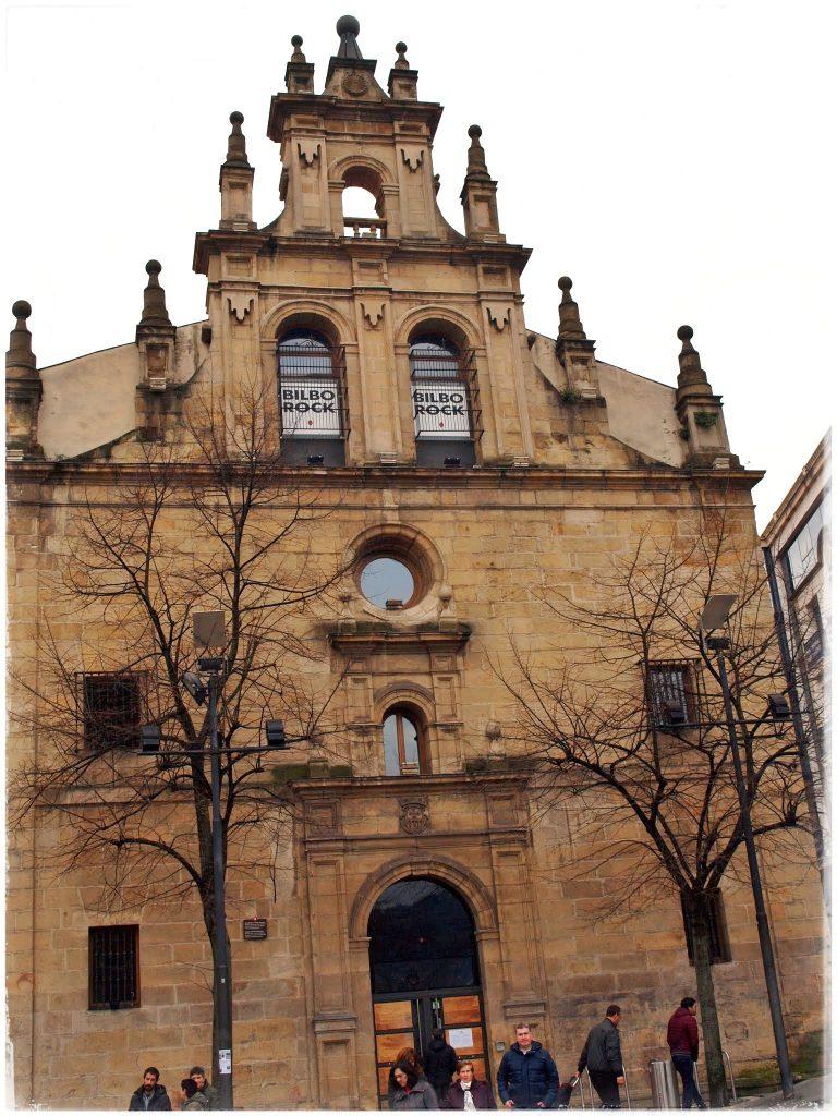 P2118846-01-768x1024 Turisteando por Bilbao Rincones