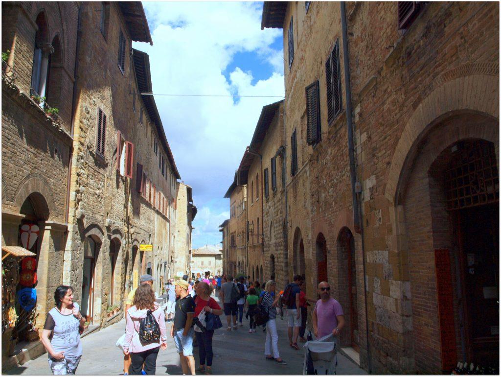 4FLTOURSANGIMINAGNO182-1024x770 10 días en Florencia y Venecia. Tour por La Toscana Viajes