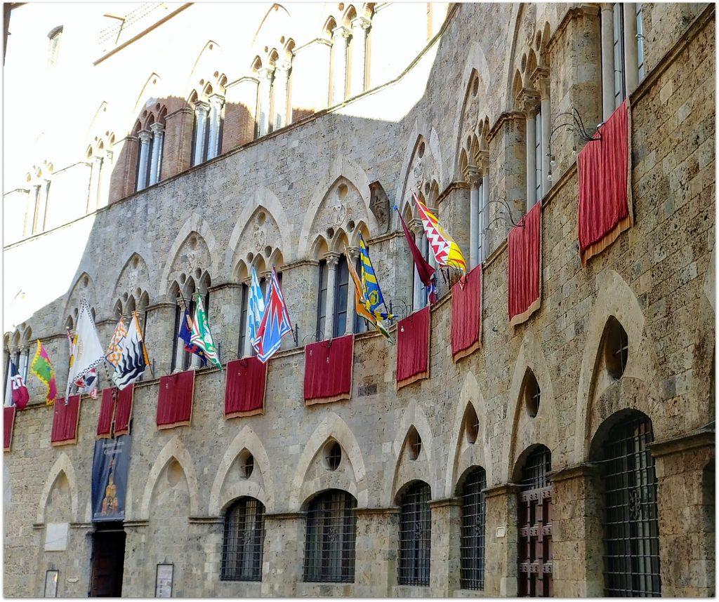 4FLTOURSIENA828-1024x858 10 días en Florencia y Venecia. Tour por La Toscana Viajes