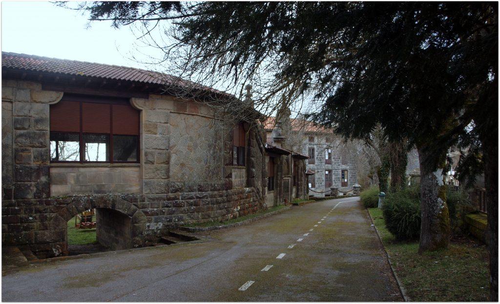 Corconte-Balneario716-1024x623 Rodeando el Embalse del Ebro Rutas