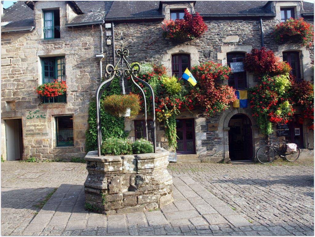4Rochefort-en-terre724-1024x770 5 Pueblos de Bretaña que nos han enamorado! Viajes