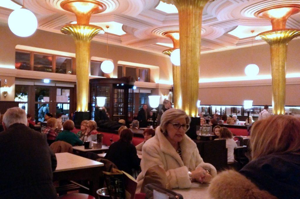 Gijon-Café-Dindorra326-1024x679 Un finde en Xixón - Gijón (Asturias) Viajes