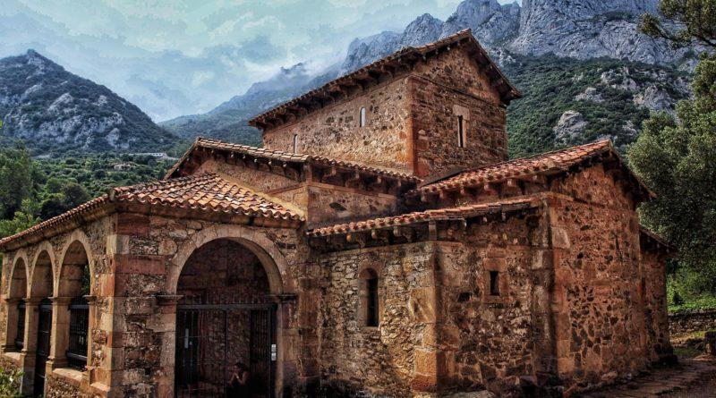P1012981-01-800x445 7 Lugares que visitar en Cantabria Rincones