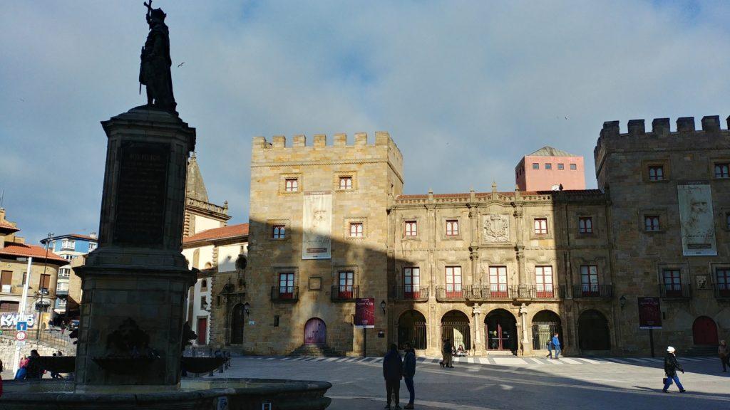 Gijon-Pl-del-Marques108_HDR-1024x576 Un finde en Xixón - Gijón (Asturias) Viajes