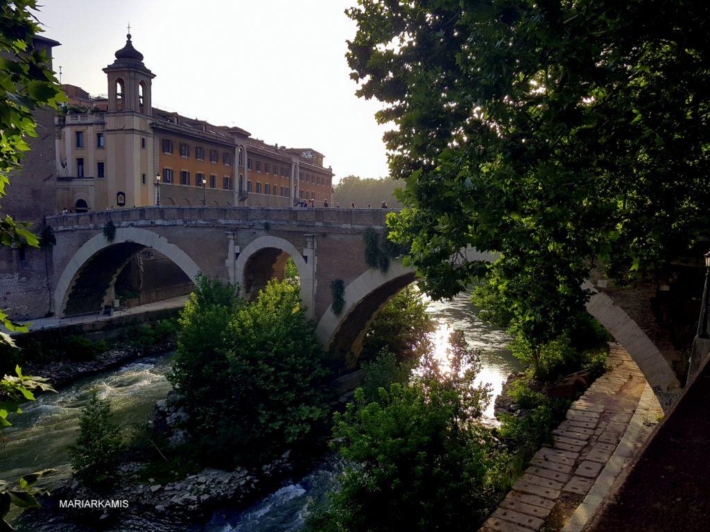 7ºIsola-Tiberina613-1024x768 Consejos y otras cuestiones si vas a Roma Viajes
