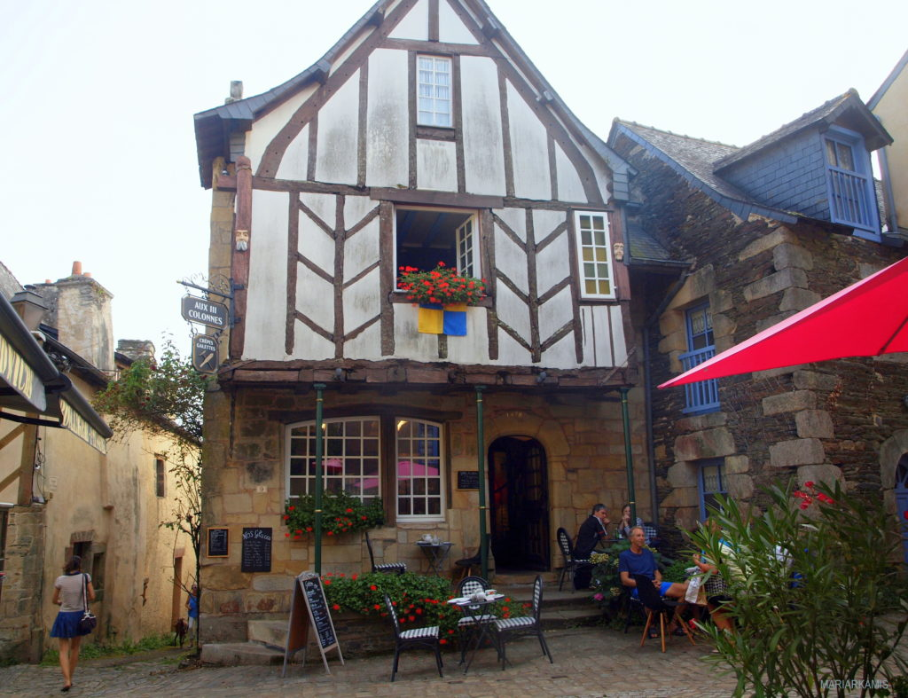 4Rochefort-en-terre697-1024x787 Ruta por Bretaña y Normandía en coche (1ª parte) Viajes