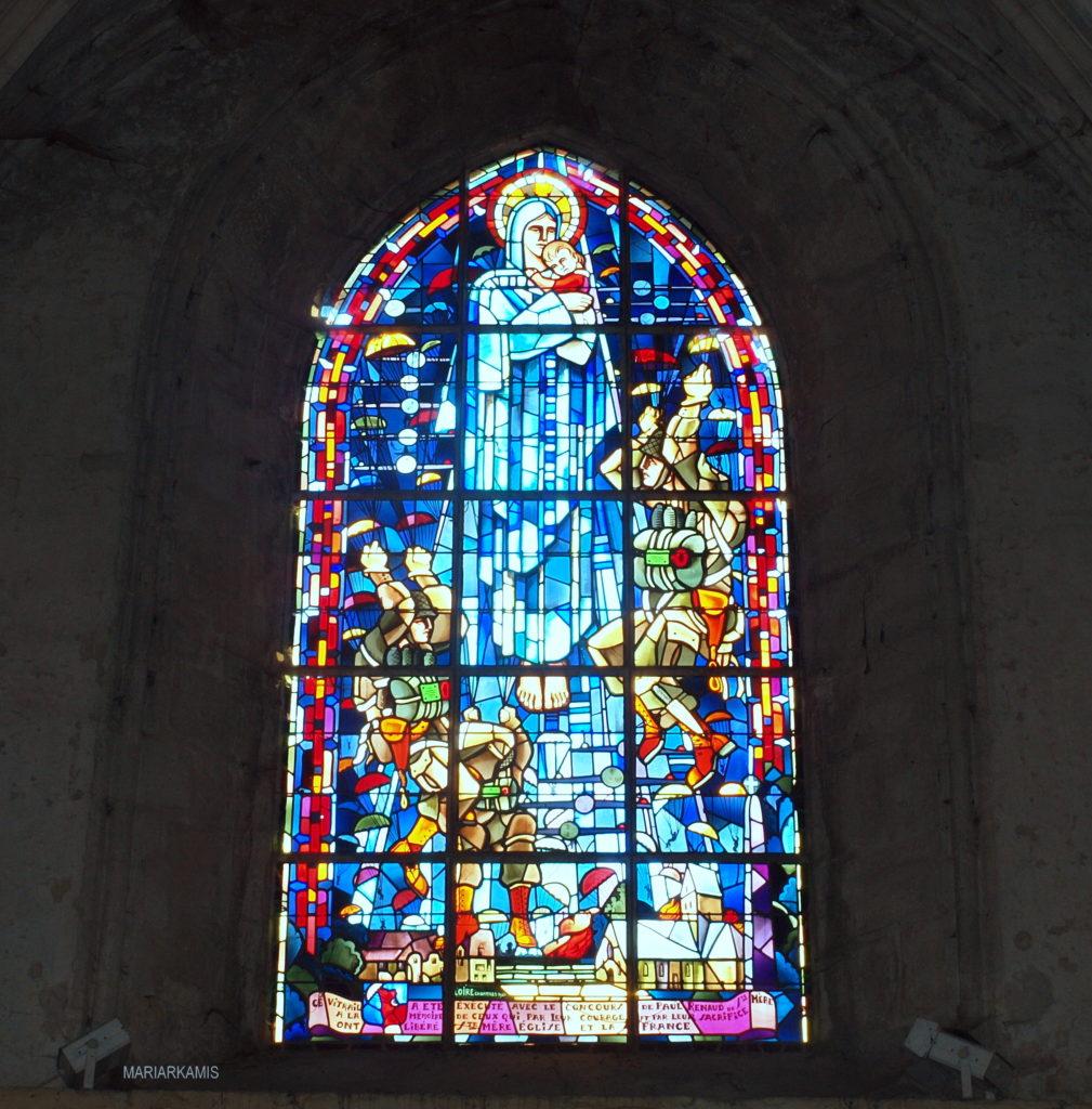 8Sainte-Marie-Eglise093-1009x1024 Ruta por Bretaña y Normandía en coche (2º parte) Viajes