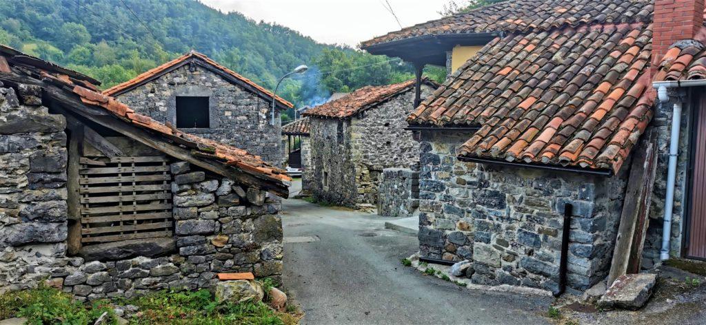 21Soto-de-Sajambre258-1024x472 3 días de ruta por Riaño y el Valle de Valdeon Viajes