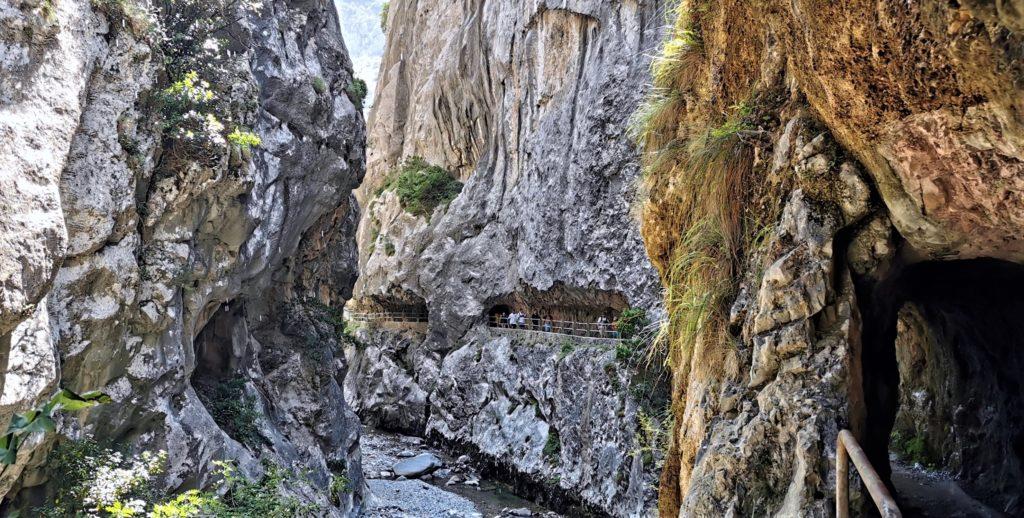 23Cain-Ruta-del-Cares618-1024x518 3 días de ruta por Riaño y el Valle de Valdeon Viajes