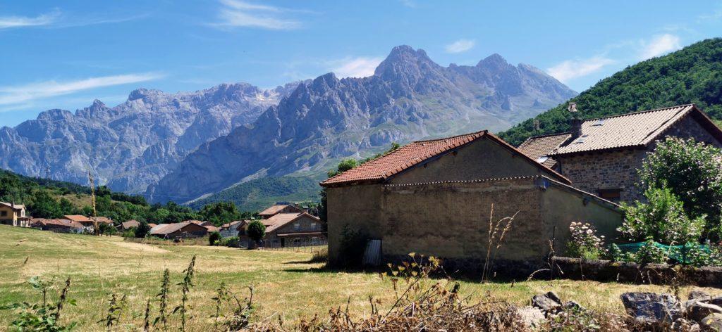 23Soto-de-Valdeon116-1024x472 3 días de ruta por Riaño y el Valle de Valdeon Viajes