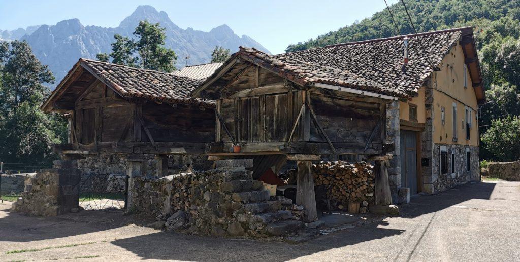 23Soto-de-Valdeon639-1024x517 3 días de ruta por Riaño y el Valle de Valdeon Viajes