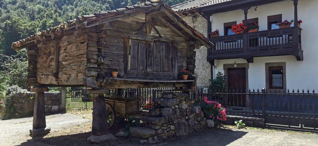 23Soto-de-Valdeon917-1024x472 3 días de ruta por Riaño y el Valle de Valdeon Viajes